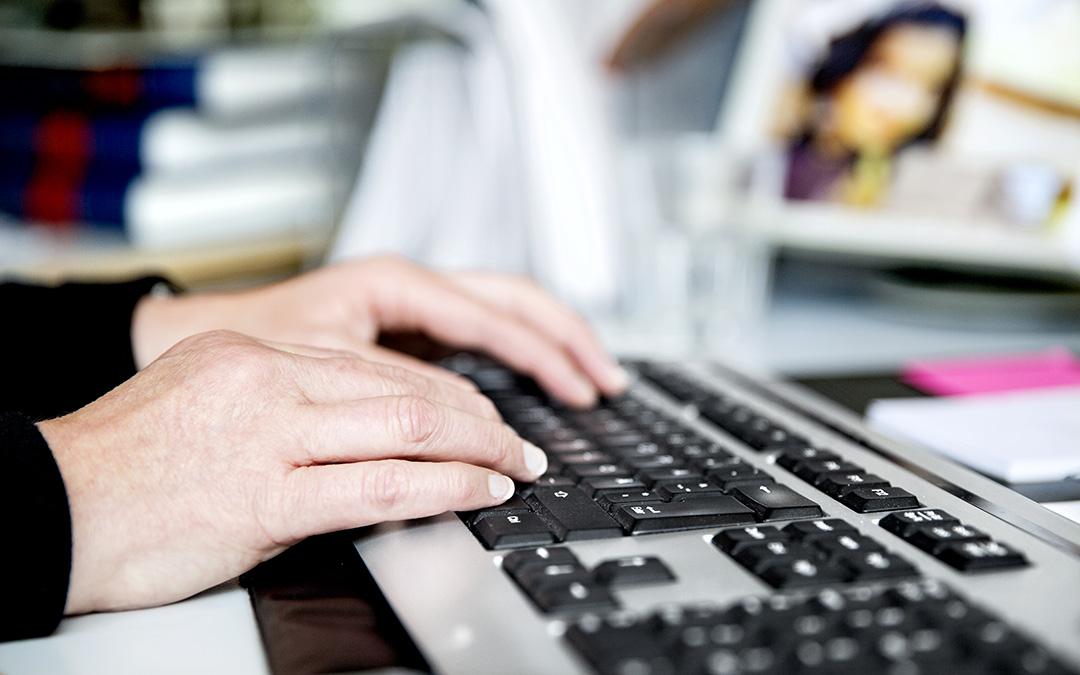 Robotti-Robbe vähentää rutiinitehtävien työtunteja toimistoilla ja pian myös työmailla